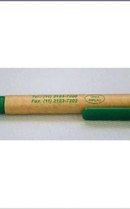 Caneta em Papel Kraft com clip de tetrapack