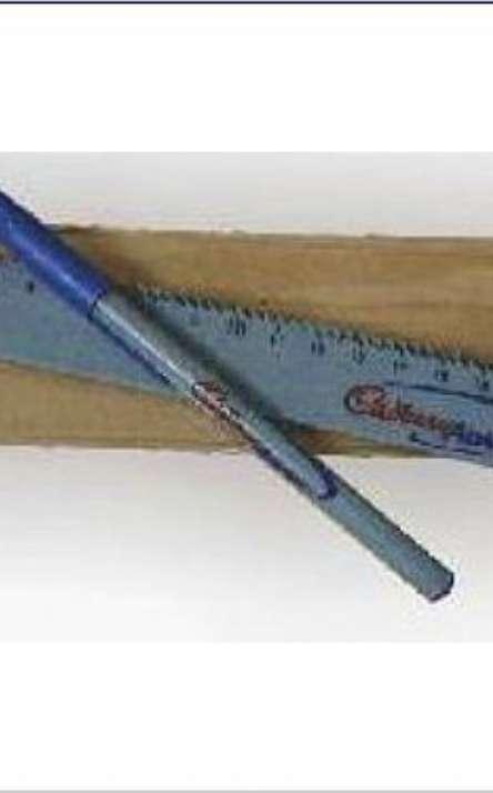 Kit com regua e 1 caneta em tetrapack
