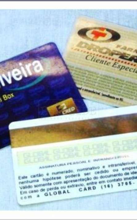 cartão em pvc reciclado