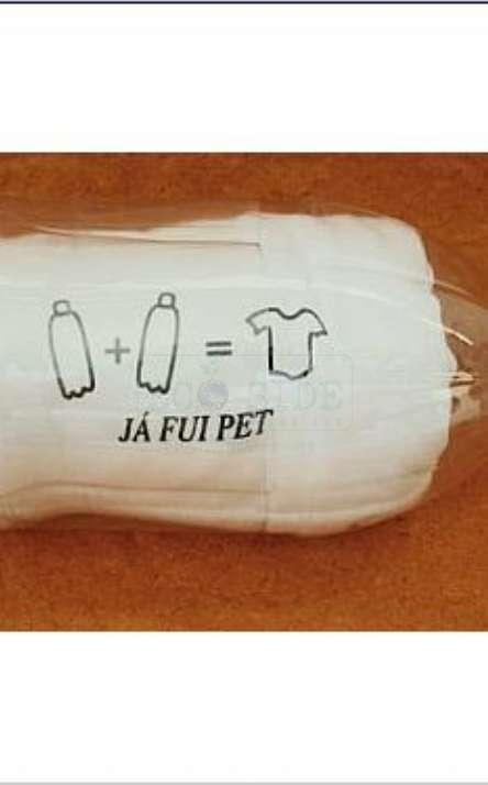 embalagem com garrafa de pet